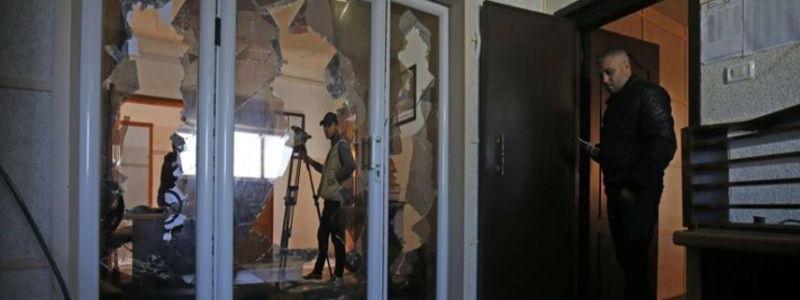 Hamas gunmen blamed for the raid on Palestinian TV station in Gaza