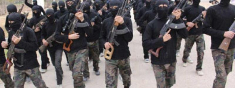 ISIS terrorists attack a village in Mosul