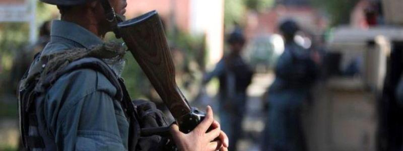 Woman tried to attack Pakistani consulate with a bomb in her bag