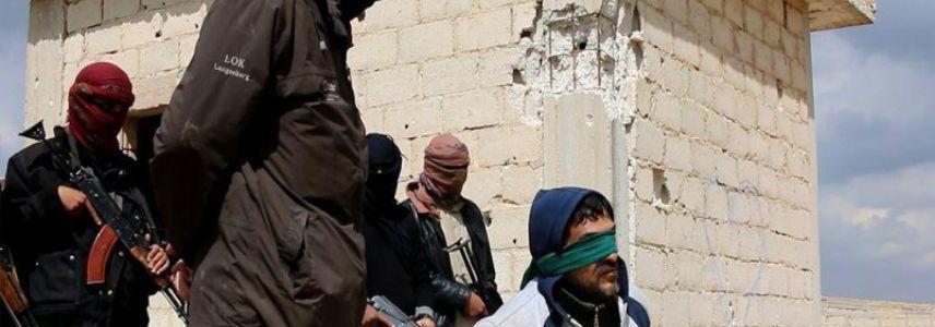 ISIS terrorists behead civilians in Deir Ezzor