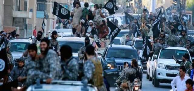 """ISIS terrorists use """"prayer"""" method to collect money from the residents of Mosul"""