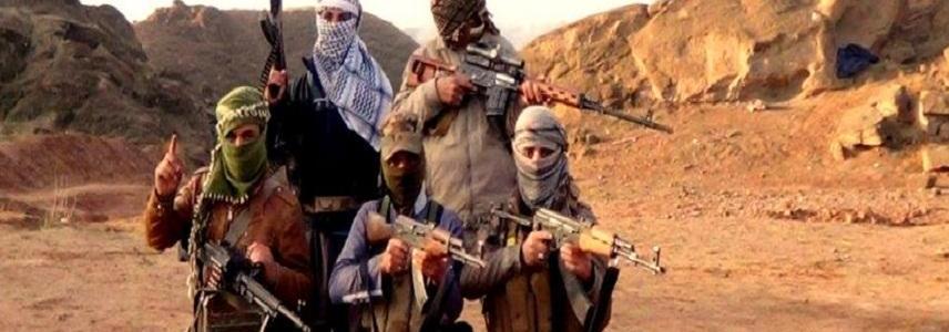 Iraqi paramilitaries shut more ISIS escape routes to Syria border