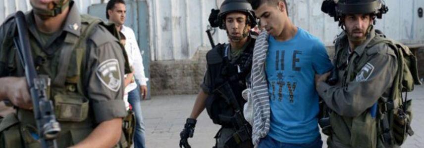 Palestinian terrorist tries to stab Israeli soldiers in Hebron