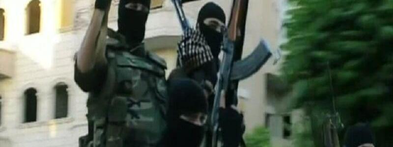 Three security members die in car bombing in Fallujah
