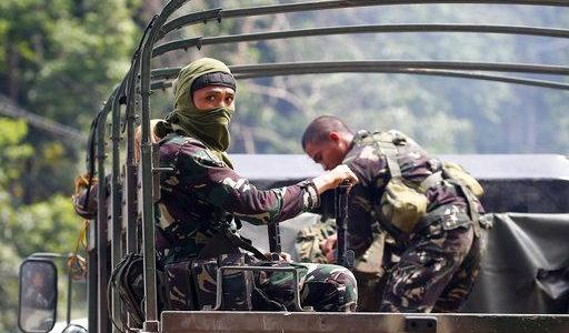 Philippine troops fight militants in southern city