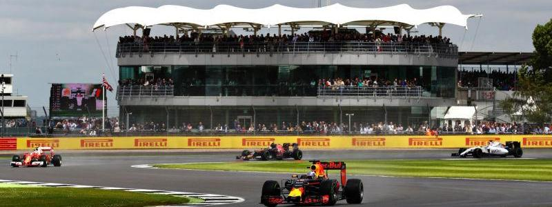 Formula One team bosses reportedly fear that ISIS bomber drones will attack the Silverstone race