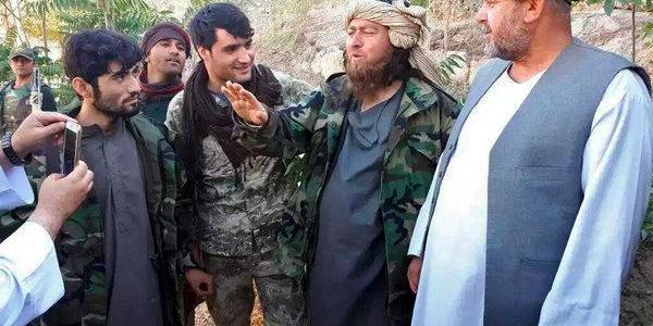 ISIS key commander in Eastern Afghanistan surrenders to the authorities