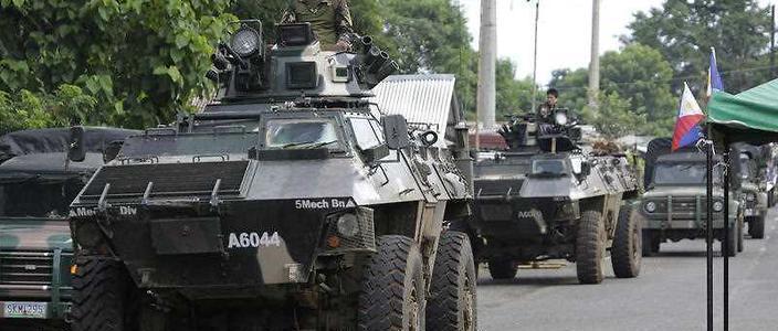 ISIS-linked militants kill 13 Philippine marines in Marawi city