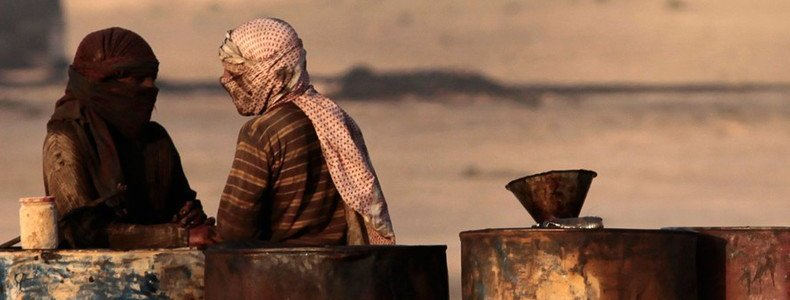 Most smuggled ISIS oil goes to Turkey and it is sold at low prices