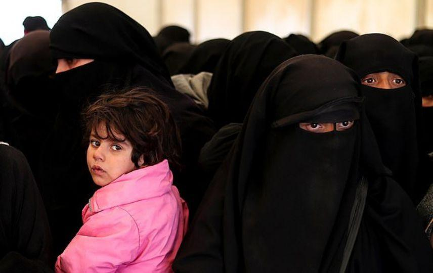 LLL - GFATF - Terror experts claim that Australia will be safer if they take home 30 ISIS brides and their families 2