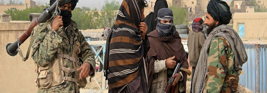 Thousands people flee as ISIS terrorists and Taliban are fight for Kunar province