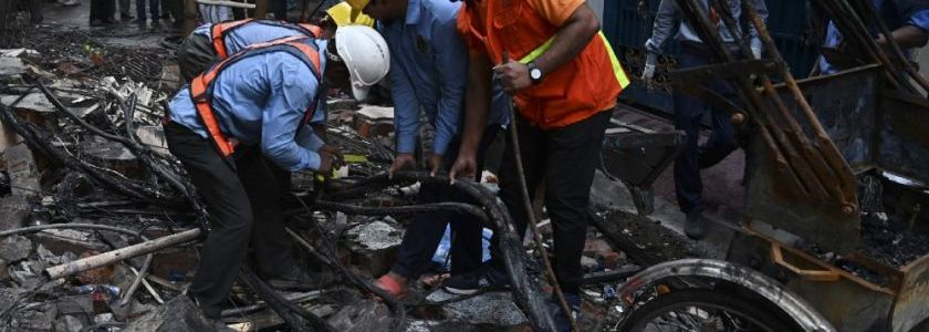 Islamic State claims they caused Bangladesh van explosion