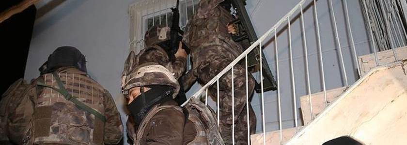 At least nine Islamic State-linked suspects arrested in southern parts of Turkey