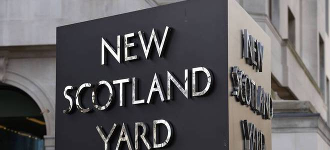 Terror suspect held at Heathrow after Turkey deports British Islamic State suspect