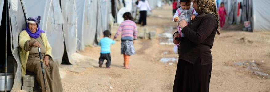 Two Dutch Islamic State women and three children escaped Syrian camp and fled to Turkey
