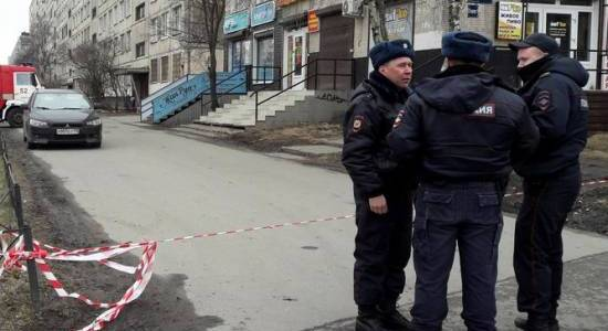 At least 30 malls and 35 hospitals from St. Petersburg receive bomb threats