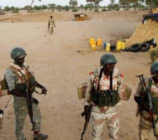 LLL - GFATF - At least 71 soldiers are killed in terrorist attack on military camp in Niger