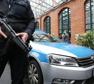 LLL - GFATF - Stabbing attack in the Dutch city of The Hague injures at least three people
