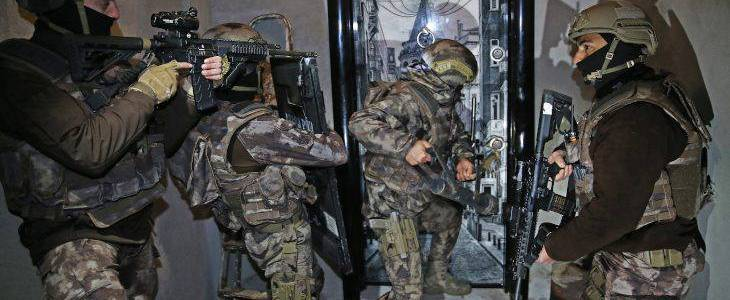 Police detained fourteen suspects in anti-Islamic State operations in Turkey