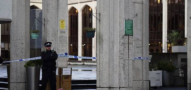 Man stabbed at one of London's biggest mosques in Regent's Park