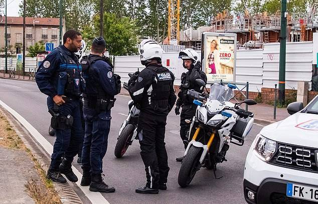 GFATF - LLL - Terror suspect who crushed two police motorcyclists with his BMW in Paris did that for the Islamic State 2