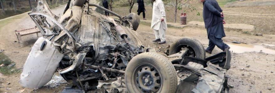 Roadside bomb targeting army vehicle kills two Pakistani troops