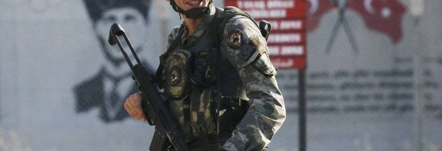 At least 30 terrorists captured by the Turkish security forces on Syrian border in 2020