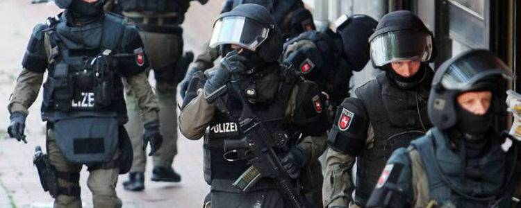 German authorities arrested soldier raided over plans to carry out terrorist attack