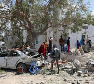 GFATF - LLL - Three people killed in suicide attack outside mosque in Somalia