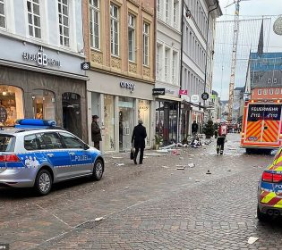 GFATF - LLL - Car drove into pedestrians in the city of Trier killing at least four people including a young girl
