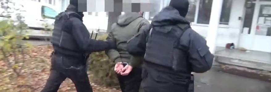 Macedonian police forces detained eight terror suspects linked to Islamic State