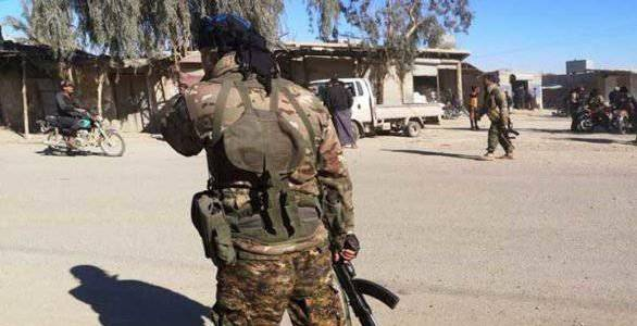 Syrian Democratic Forces arrested former ISIS member after raiding his home in eastern Deir ez-Zor