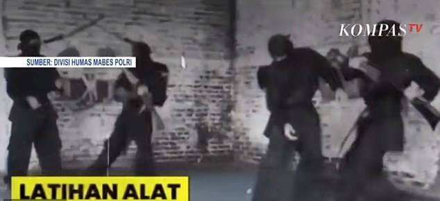 GFATF - LLL - Terrorists training to kill Westerners with the same terror group responsible for the Bali Bombings 3