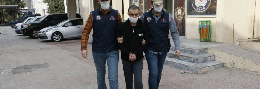 Turkish security forces detained Islamic State member accomplice in Sultanahmet and Suruc terror attacks