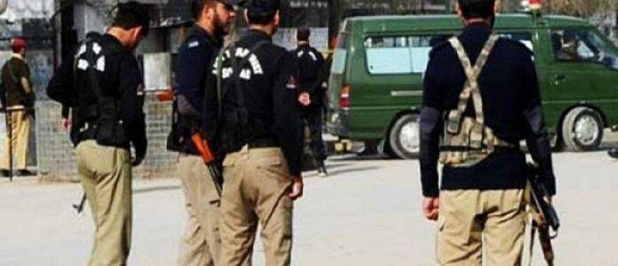 One terrorist killed and five arrested in Karachi