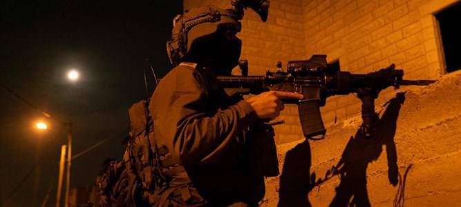 Terrorists who hurled firebombs and explosives at the Jewish town of Beit El arrested