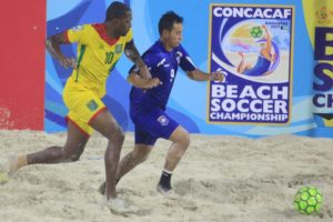 Deshawn Joseph on the attack_Gy vs Belize_CONCACAF Beach Soccer Championship