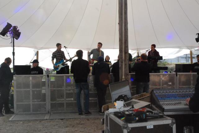 Discovery, selv om et band spiller relativt tidligt på dagen, så kunne man godt have ønsket sig større fremmøde.