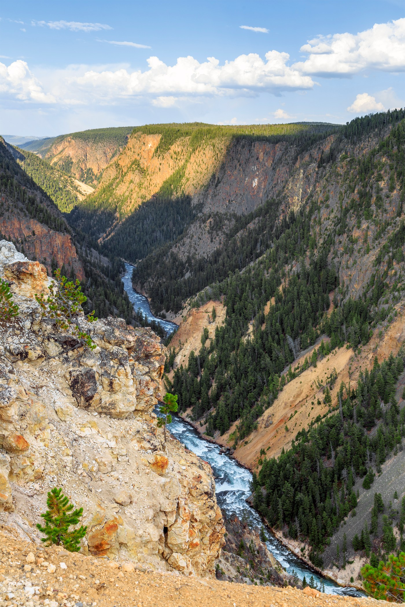 Grand Canyon of the Yellowstone (Inspiration Point)