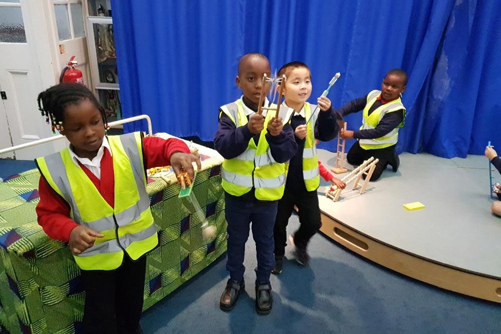 Year 1 visit the Horniman Museum