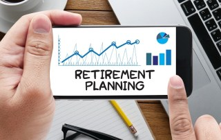 retirement-planning-message-on-phone-in-hand