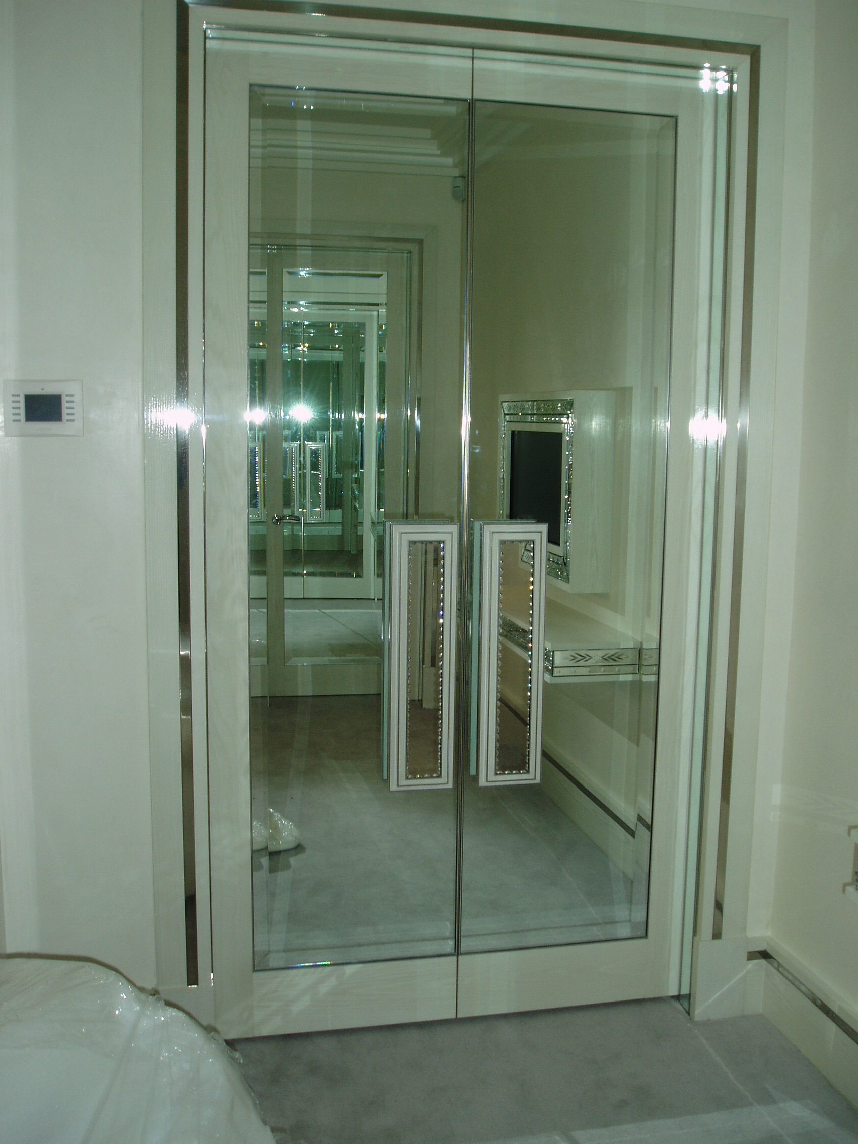 Mirrors  Glass Processing Norfolk  Glass  Glazing Solutions