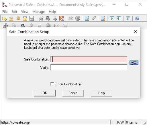 Password Safe crea una combinazione sicura: imposta la password principale