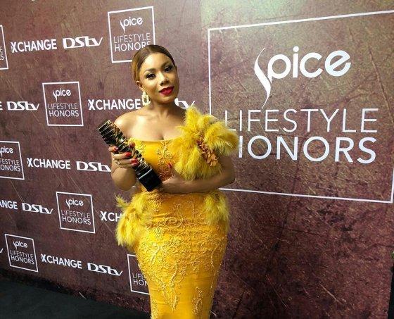 Zynnell Zuh Wins Spice Lifestyle Award in Nigeria(PHOTOS)