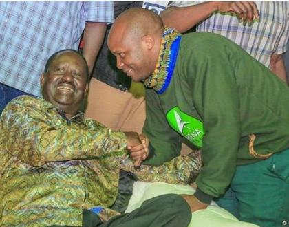 """""""Baba tell your army to treat!"""" This is the powerful open letter Comedian Jalang'o wrote to Raila Odinga"""
