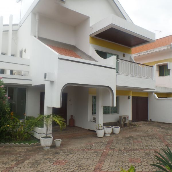 4 Bedroom Townhouse For Rent In Cantonments  Houses For