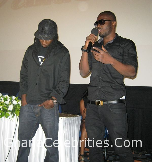 R2bees11