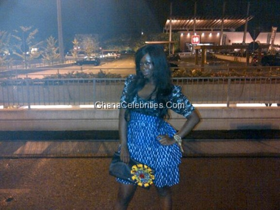 Ama K Abebrese Heads To Dinner In Milan, Rocking A Dress By Maksi And A Clutch Sa4a-Ghanaian Designers