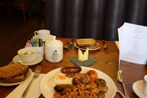Vals Day Breakfast (1)