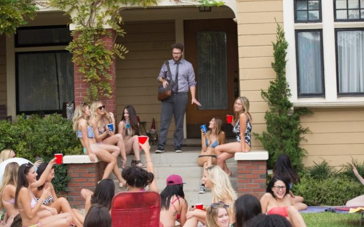 Seth Rogen meets the neighbours